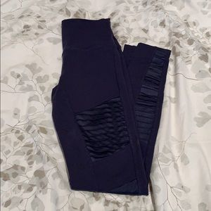 ALO YOGA navy blue pants